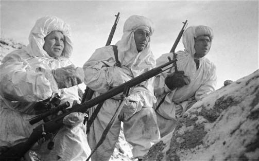 Soviet-Soldiers_2514887b